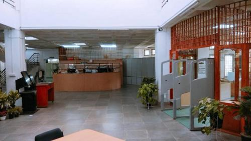 Circulation Counter  Entrance (1)